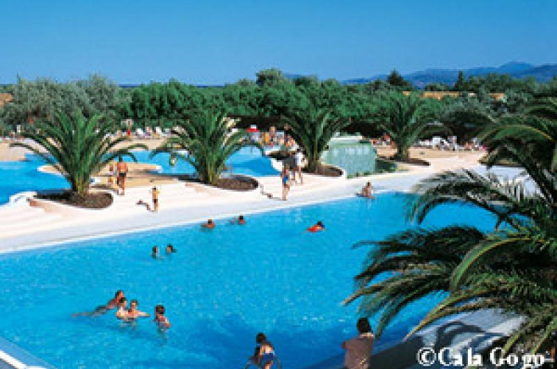 Camping cala gogo campings office de tourisme de saint - Office tourisme languedoc roussillon ...